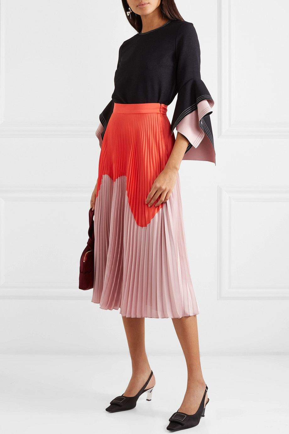c47b63a20 Proljetno lice plisirane suknje i njeni najbolji modeli za novu sezonu  Satin Midi Skirt