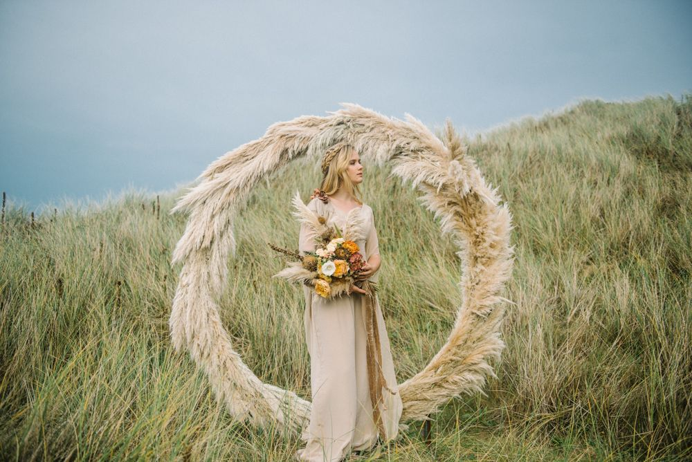 Pampas Grass Has been super popular but done right I think it could add a cool element. ESP if we keep florals minimal. I also looooove the colors in this bouquet as opposed to dark reds and purples which I feel like every other 'edgy' 'dark' and 'goth' Wedding uses.