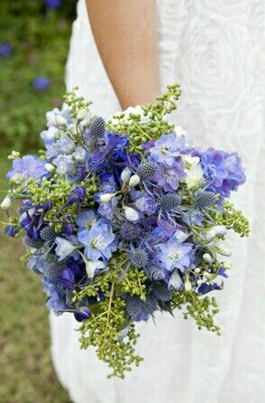 Pretty Wedding Bouquet: Blue Hydrangea, Blue Eryngium ...