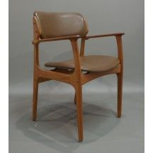 Fauteuil scandinave Erik Buck 1950 style cuir et en bois design