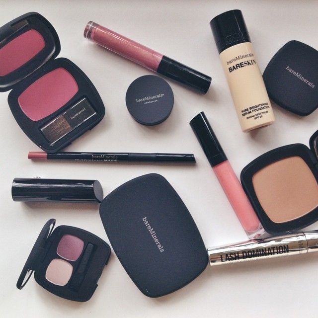 Died & gone to heaven thanks to @bareminerals ! Can't wait to play with these! #beauty #gobare #iheartbareskin