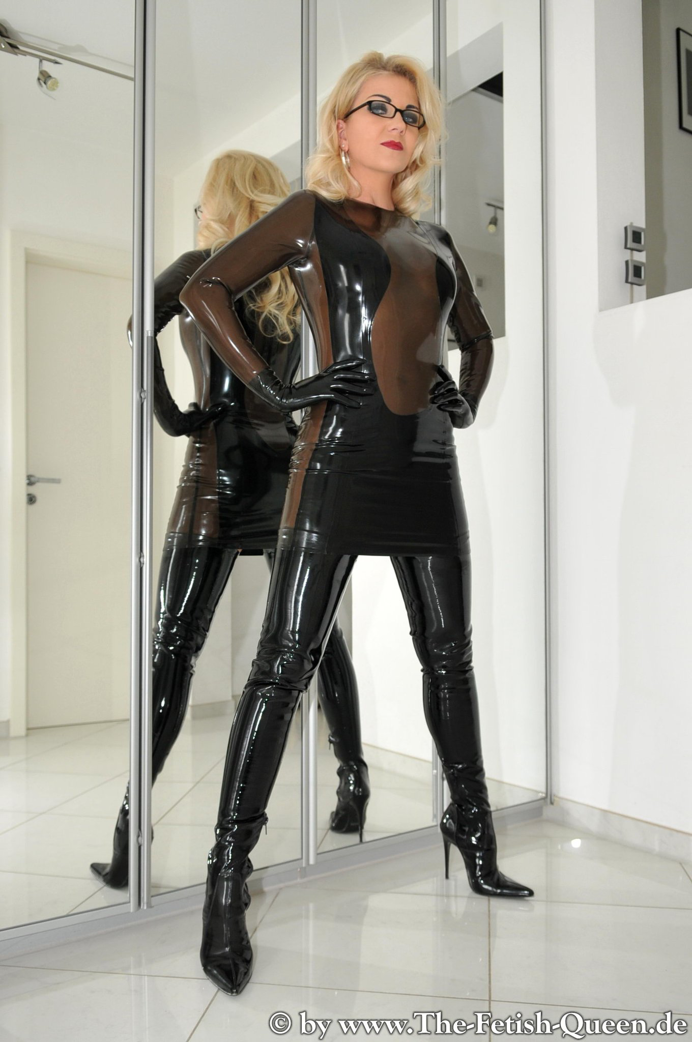 Pin on heike fetish queen