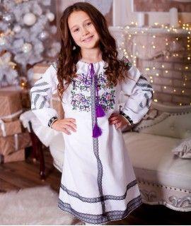 Вишите плаття для дівчинки  272b23edf29fc