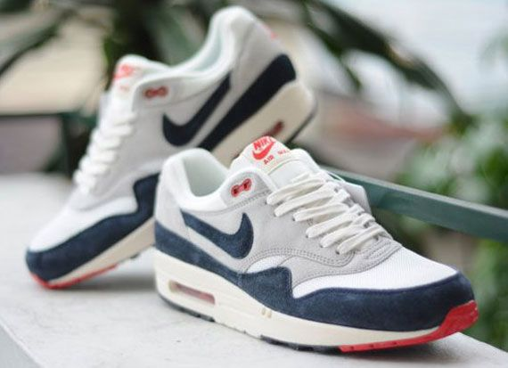 Nike Air Max 1 VNTG Dark Obsidian Neutral Grey