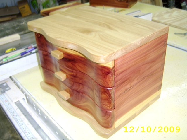 9 Free DIY Jewelry Box Plans Free Jewelry Box Plan at Rods