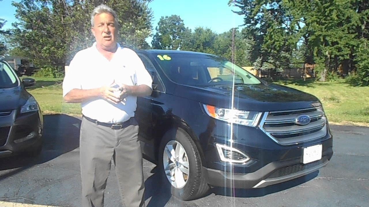 Kurt Schalois showing us the 2016 Ford Edge at Statewide