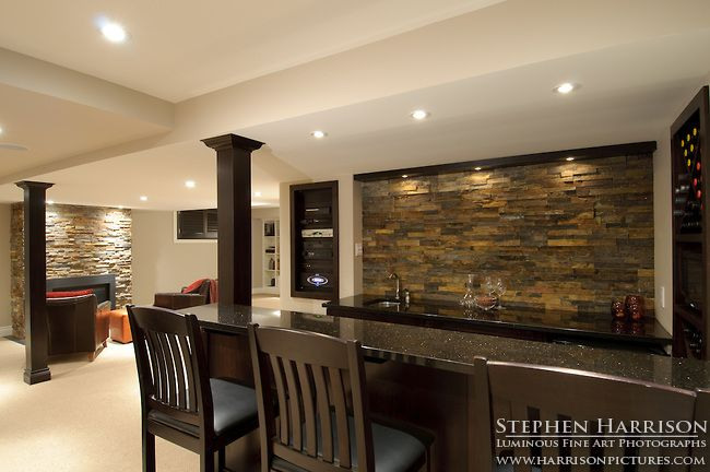 Image gallery luxury basement bars for Domestic bar design