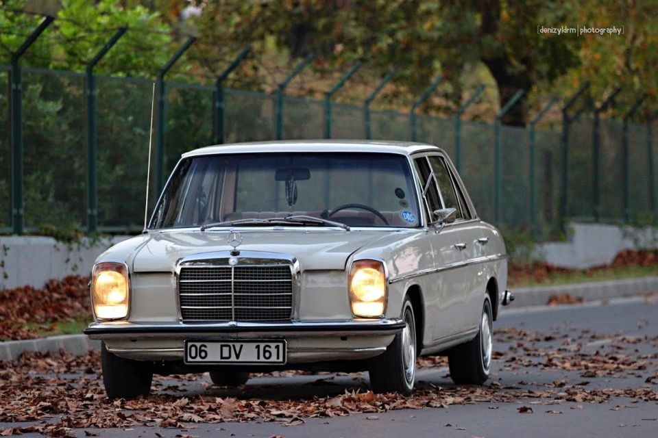 Mercedes Benz W114 Mercedes Benz Classic Daimler Benz Mercedes