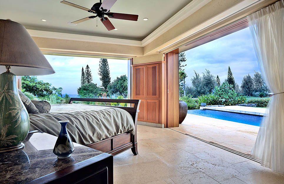 Hawaiian Style Bedroom: Open Space Bedroom / Hawaiian Style