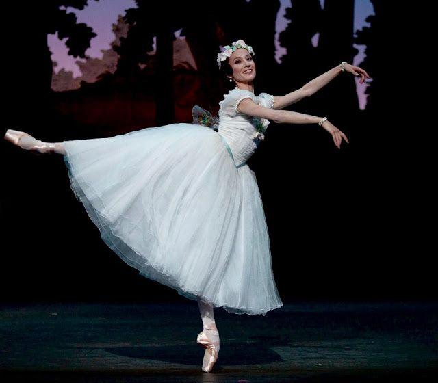 Ludmila Pagliero En El Teatro Coliseo La Maravillosa étoile Argentina Del Ballet De La Opera De Paris Que Acaba De Ganar El Pre Teatro Coliseo Coliseo Teatro