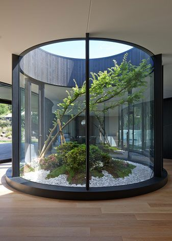 Photo of Portsea House: a winding house by Wood Marsh Architecture avoids the Australi … htt …
