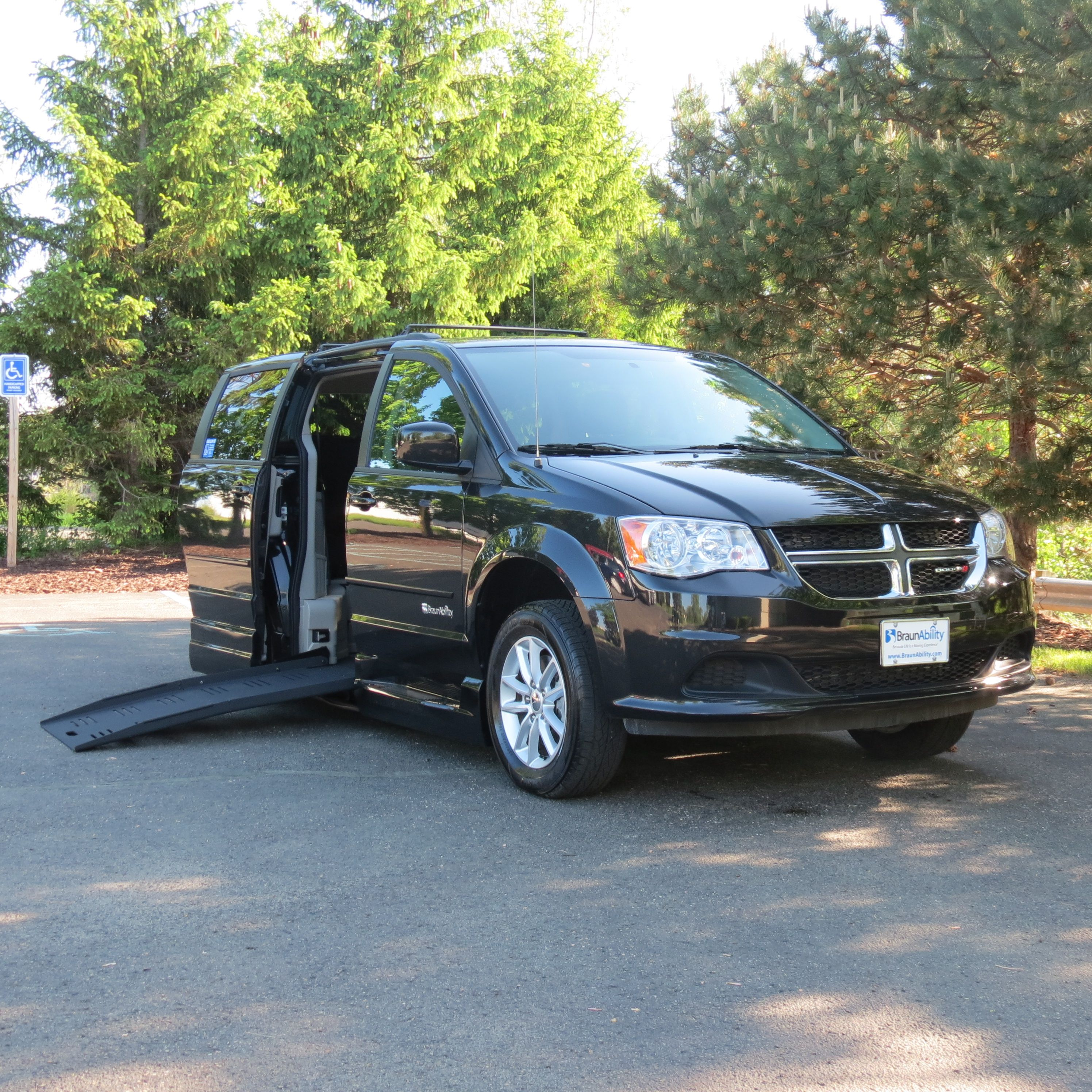This 2013 Dodge Grand Caravan Sxt Is Fully Equipped With A Braun Entervan Xt Power Kneel And Power Fold Out Grand Caravan Accessible Van Certified Pre Owned