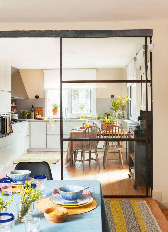 Olores a raya cocina sal n comedor cocinas for Cocina separada por un techo de vidrio