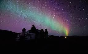 Risultati immagini per aurora boreale dall'islanda