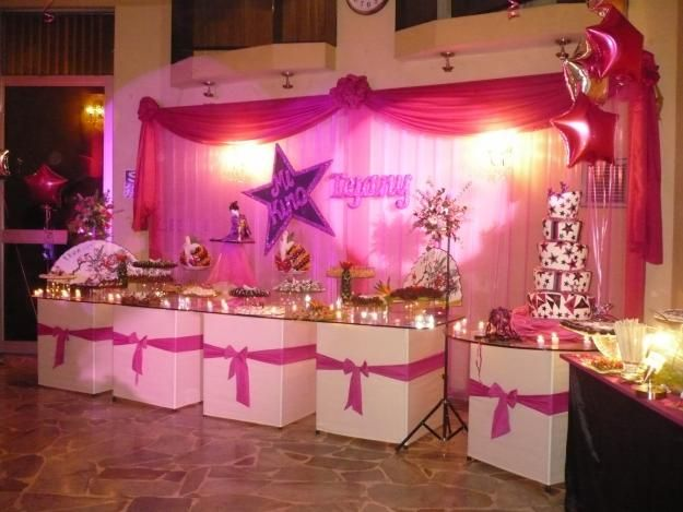 Decoracion y ornamentacion de fiestas buscar con google for Decoracion con telas