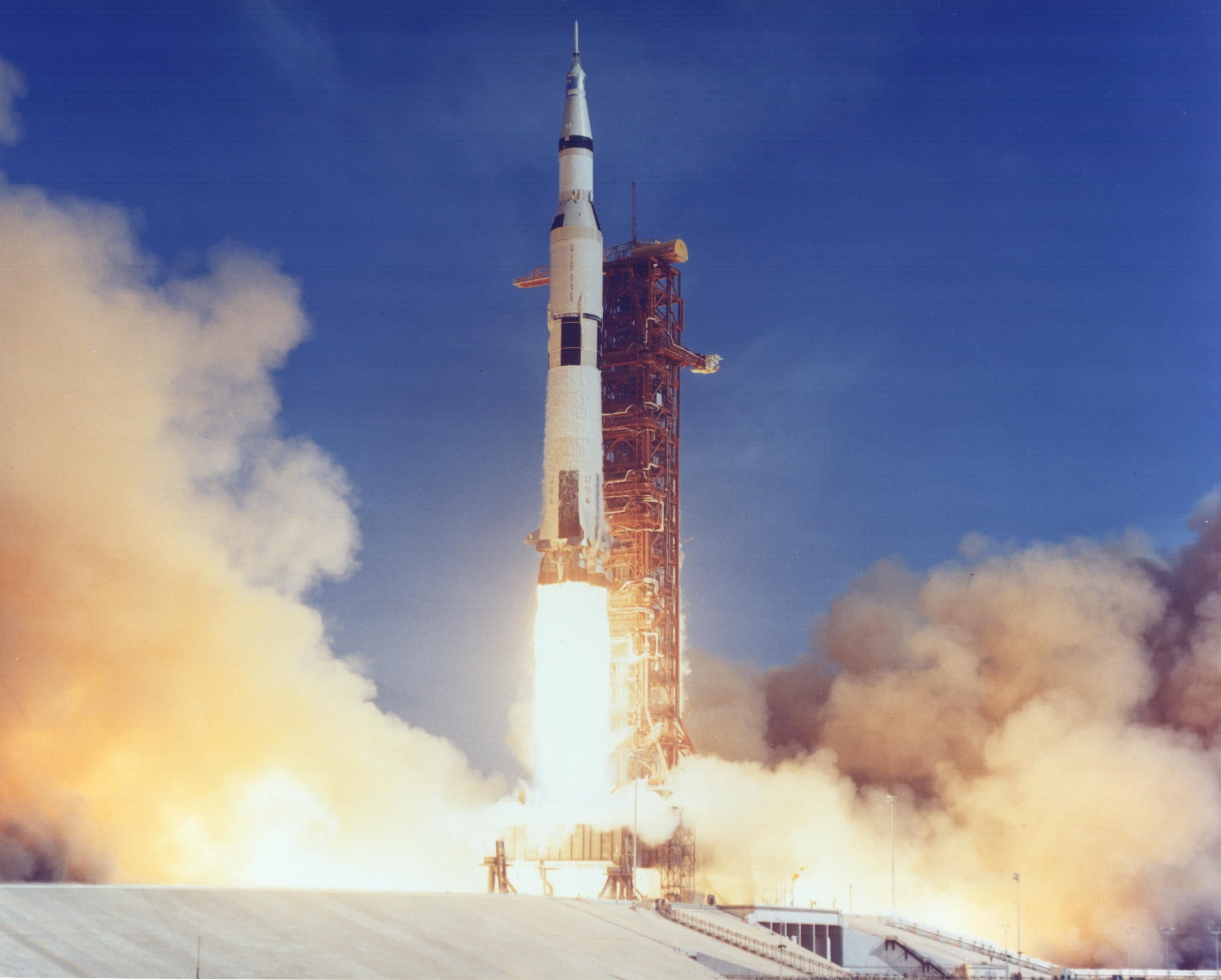 Launch of Apollo 11 on the first moon landing mission NASA New 8x10 Photo Verzamelingen
