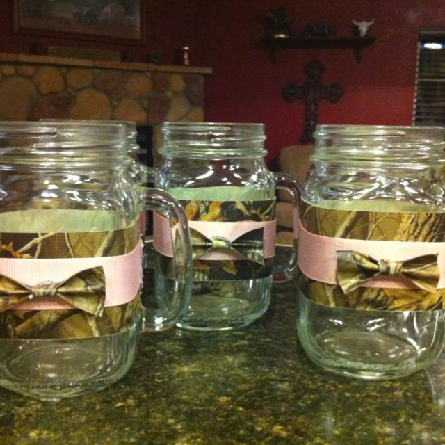 Country Camo Wedding Ideas: Redneck / Country Bridesmaids Camo Wedding Glasses. (these