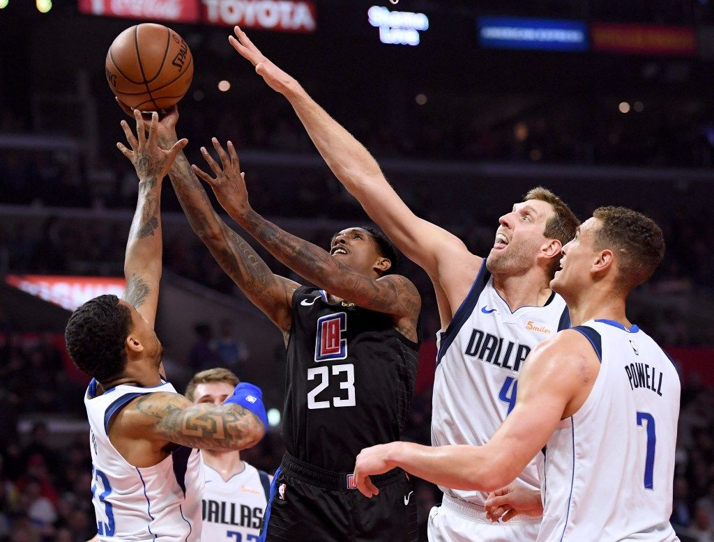 Montrezl Harrell Scores 32 As Clippers Beat Mavericks To Gain Playoff Ground Lou Williams Sign Company Tim Hardaway