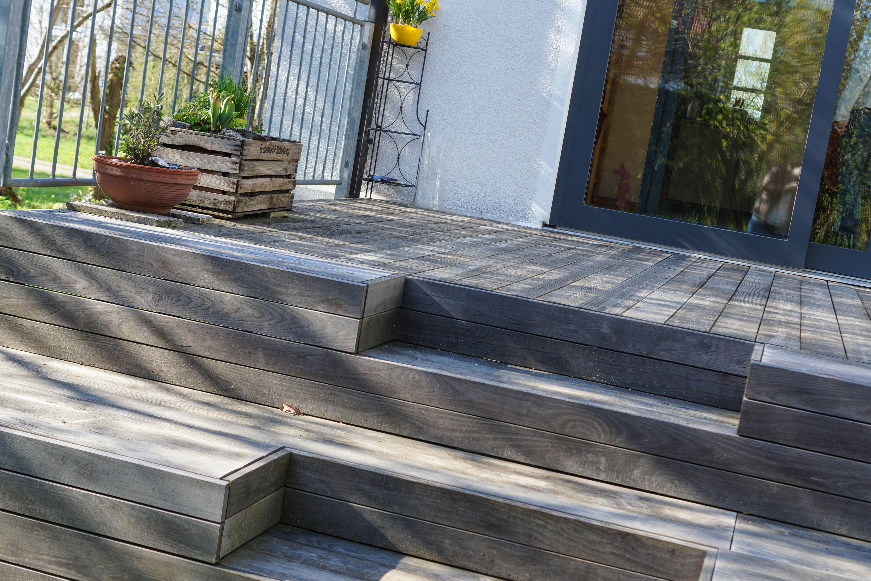 Holzterrasse Tritt Und Sitzstufen