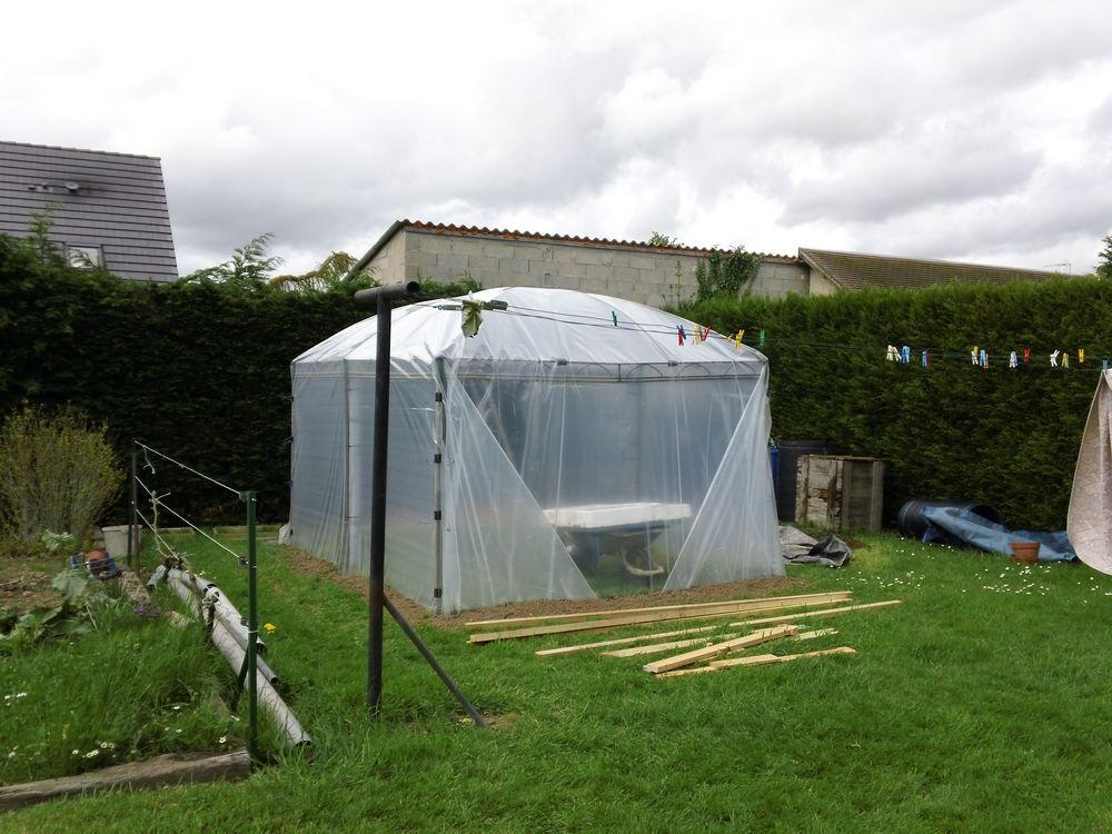 Serre De Jardin A Partir D Un Vieux Gazebo Serre Jardin Fabriquer Une Serre Jardins
