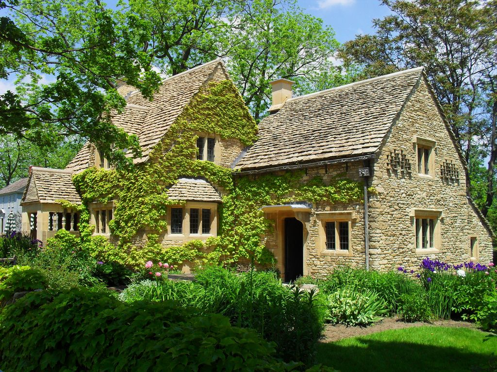 Https Flic Kr P 8qwqw7 Cotswold Cottage Cotswold Cottage On The Grounds Of Greenfield Village Dearbo Cottage Style Homes Cotswolds Cottage Stone Cottages