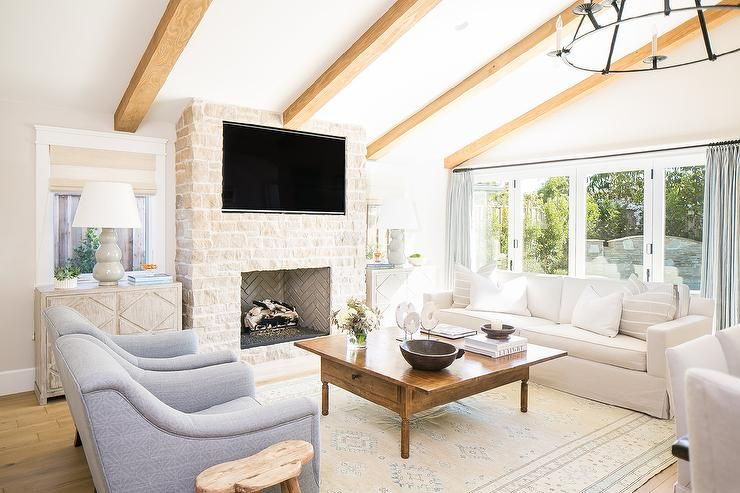 Neutral+furnishings+and+wood+accents+create+a+cozy,+well Designed+living+ Room+for+all+styles+and+comfort.