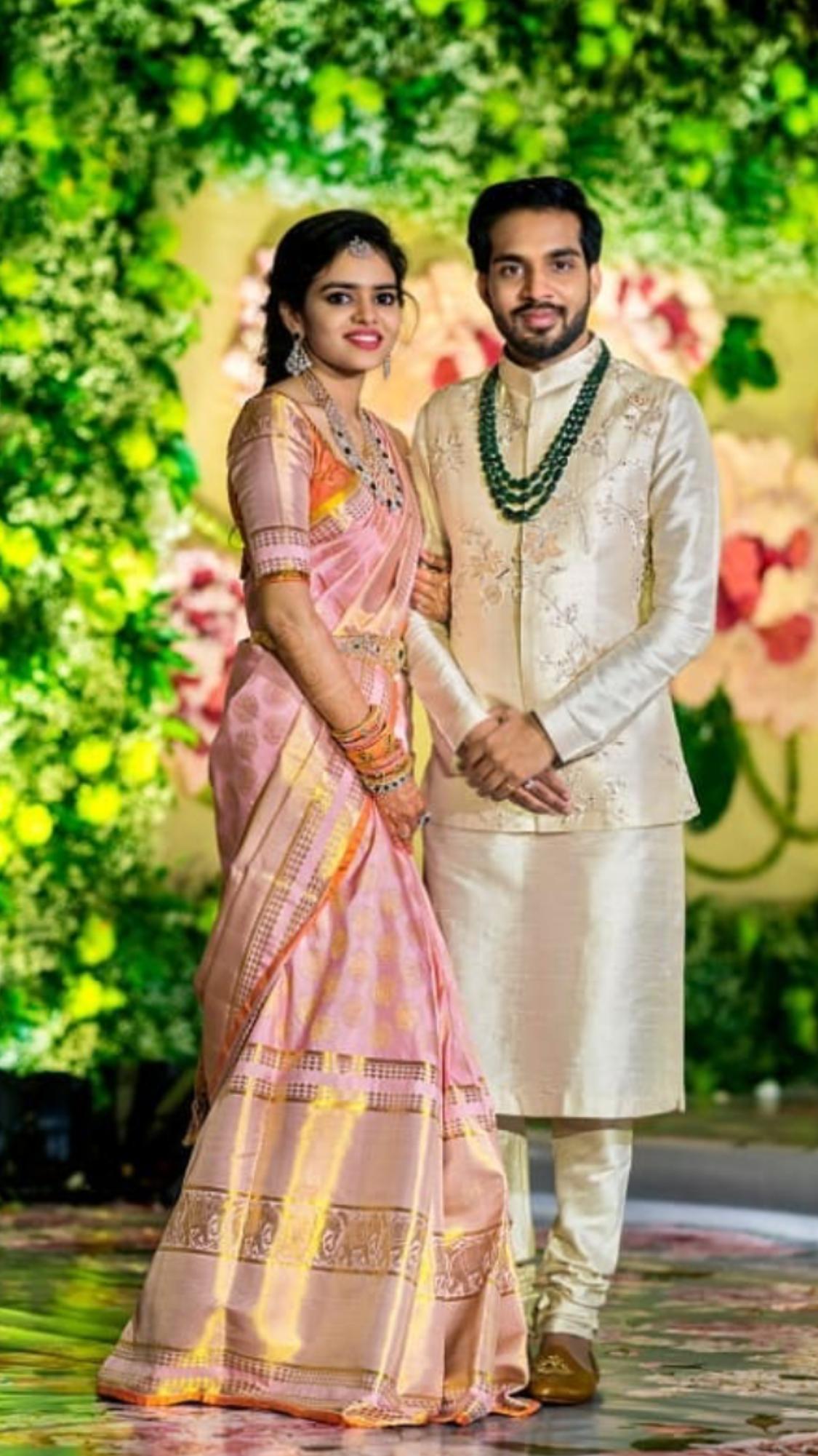 Pin By Priyanka Sharma On Latest Saree Designs Bridal Sarees South Indian Couple Wedding Dress Indian Groom Dress [ 2001 x 1125 Pixel ]