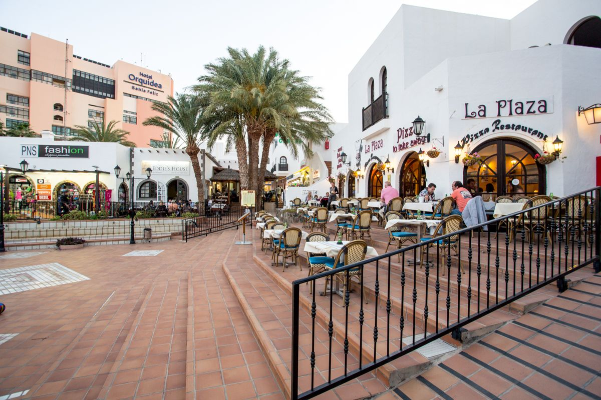 In Bahia Feliz The Nightlife Is Laid Back You Can Expect To Spend The Evening In One Of The Low Key Open Air Bars And Gran Canaria Adventure Park Night Life