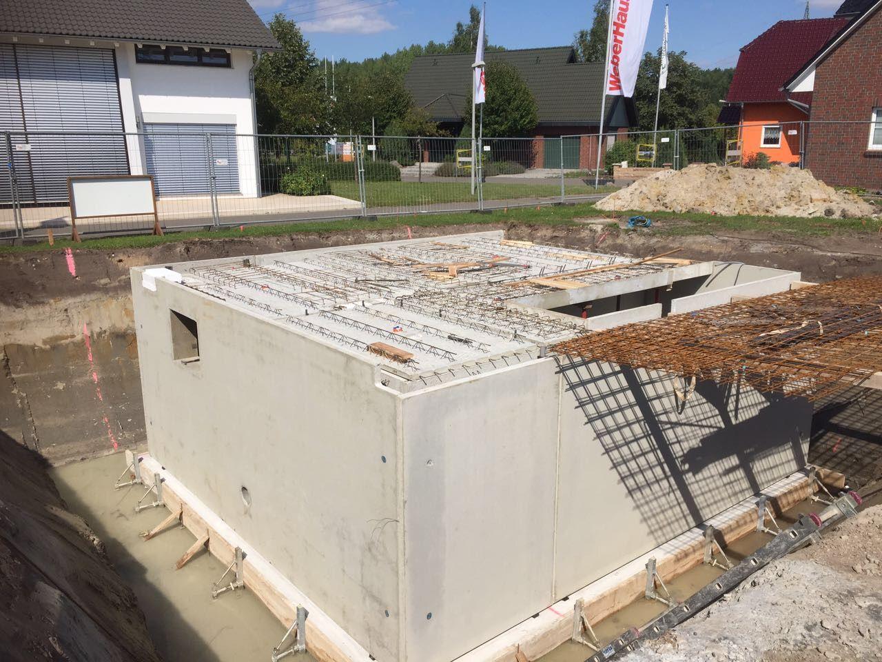 Kw 34 36 2017 Fertigstellen Der Bodenplatte Sowie Aufbau Des