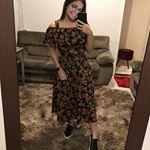 Kesia Mariana en Instagram: «Looks do dia @rebobineboutique 🖤💙»  – Moda