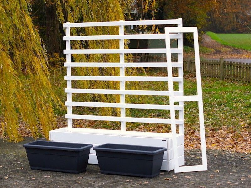 Grid Grille Privacy Screen With Planter In 2020 Pflanzkasten Pflanzkasten Holz Rankgitter