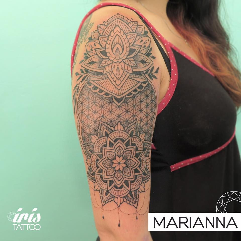 iristattooart#tattoo #tattooed #tattoolife #tatuaje #tattooartist #tattoostudio #tattoodesign #tattooart #customtattoo #ink #wynwoodmiami #wynwoodlife #wynwoodart #wynwoodwalls #wynwood #wynwoodtattoo #miamiink #miamitattoo #tattoomiami #buenosaires #buenosairestattoo #tattoobuenosaires #palermo #palermotattoo #mehnditattoo #blackworktattoo #mandalatattoo #dotworktattoo