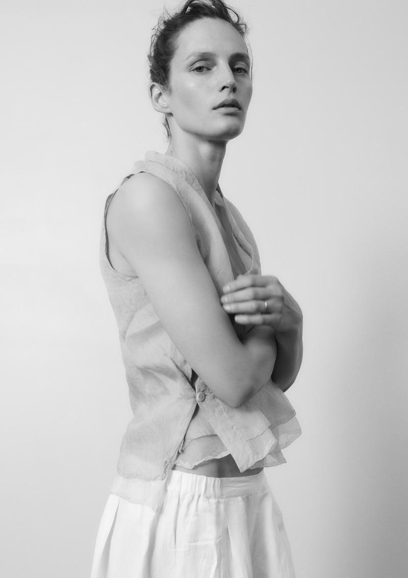 Cleavage Vivien Solari nude photos 2019