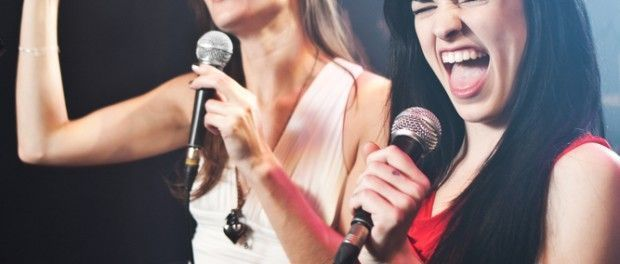How to warm up your singing voice, fast #howtosing How to warm up your singing voice, fast. www.singerssecret.com #howtosing