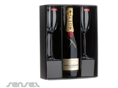 Moet u0026 Chandon Ch&agne Gift Box | Promotional Wedding Gifts | Sense2 Promotional Products u0026 Items  sc 1 st  Pinterest & Moet u0026 Chandon Champagne Gift Box | Promotional Wedding Gifts ... Aboutintivar.Com