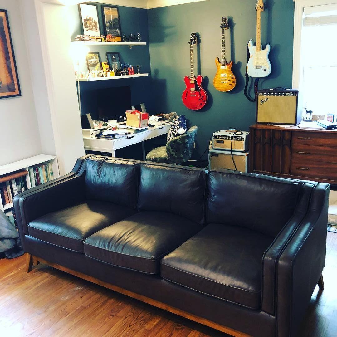 Worthington Oxford Black Sofa Vintage leather sofa