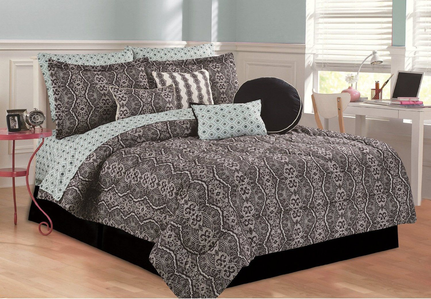 Amazon.com - RAMPAGE 5-Piece Comforter Set, Full, Lily -