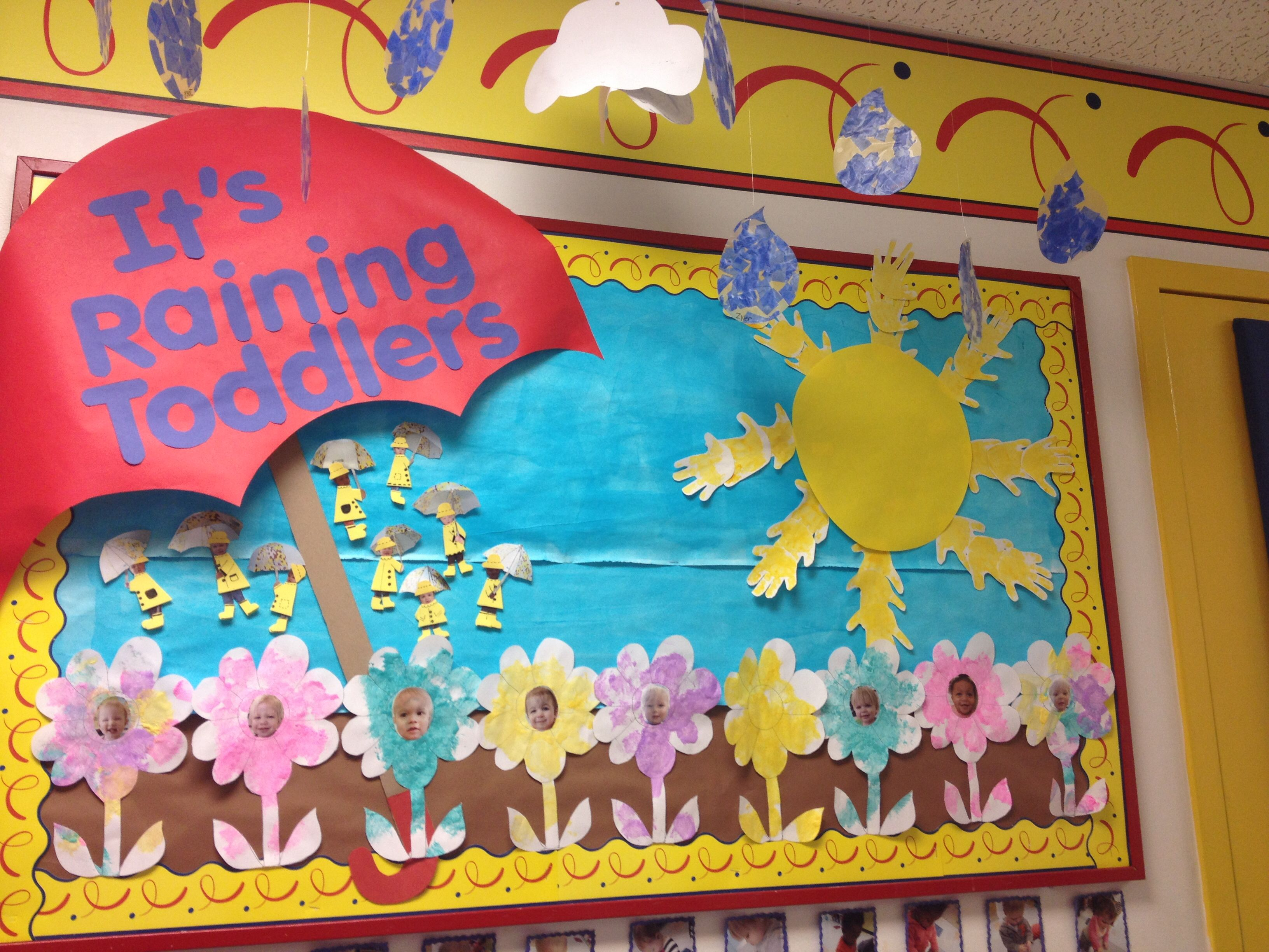 Spring bulletin board. 3D umbrella, sunshine rays with ...