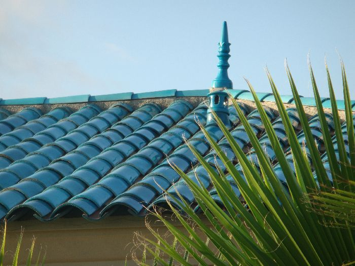Best Meditterranean Home With Turquoise Roof Google Search 400 x 300