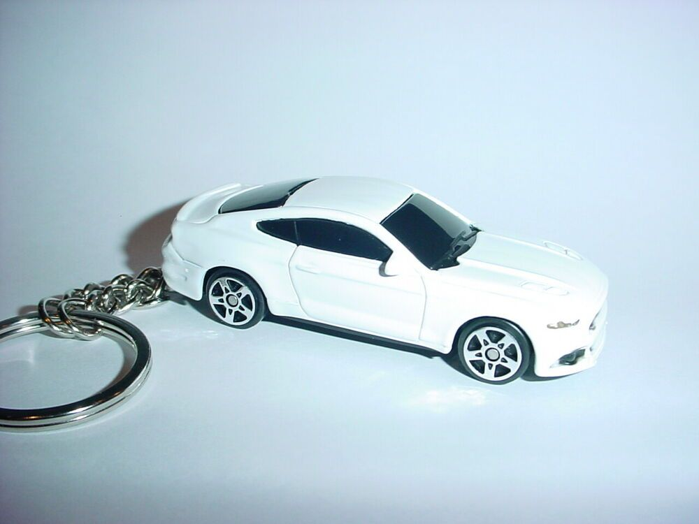 Details About 3d White Ford Mustang Gt Custom Keychain Key Keyring