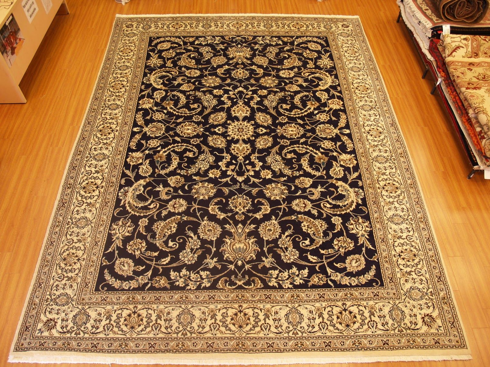 Great Carpet Designs With Home Carpet Designs 53 540x444 ID14259 .