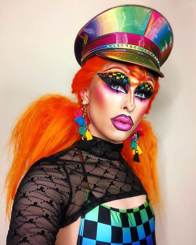 Contact transvestite uk