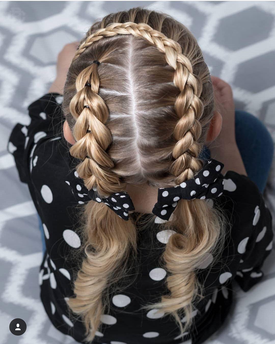 Na Obrazku Moze Byt Jedna Osoba Alebo Viaceri ľudia Braids For Long Hair Hair Styles Braided Hairstyles