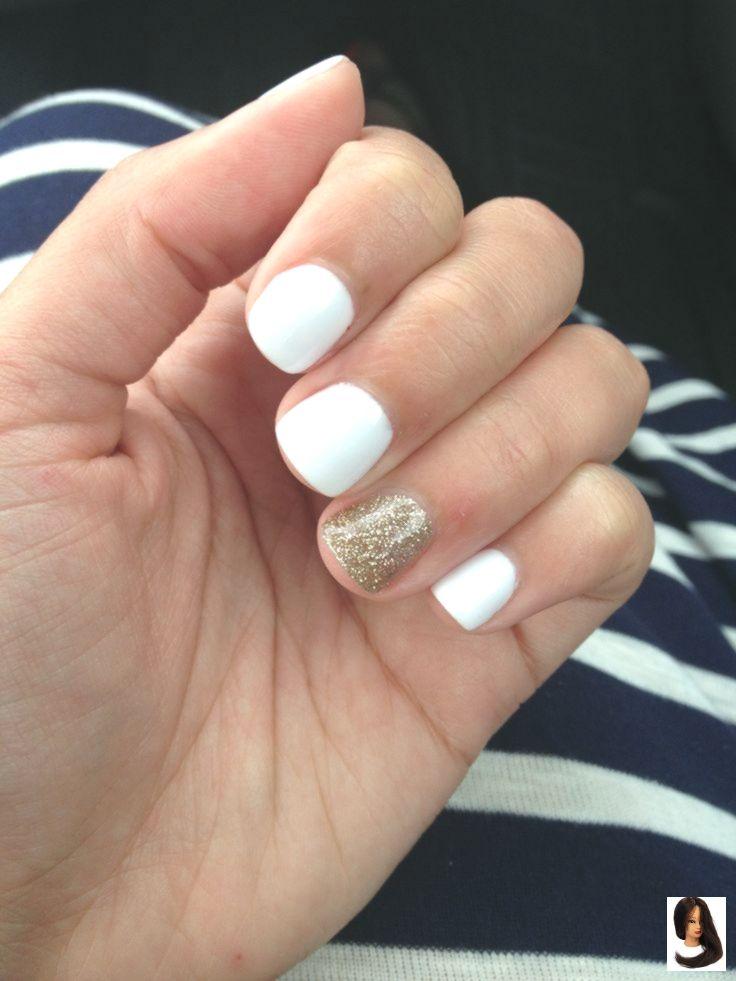 Nails gold I finally got my nails done today! White gel with a hint of gold glitter. Perfec...        Finalmente fiz minhas unhas hoje! Gel branco com uma pitada de glitter dourado. Unhas de verão perfeitas! ☀️😎