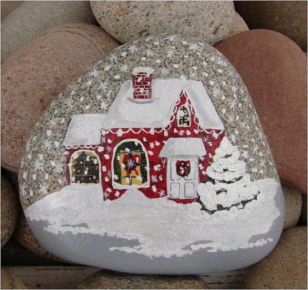 Kreativ Steine bemalen zu Weihnachten mit Landschaft und Haus