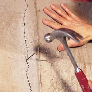 Fixing Cracks In Concrete Walls Concrete Walls Diy Repair Cracked Concrete Concrete Wall