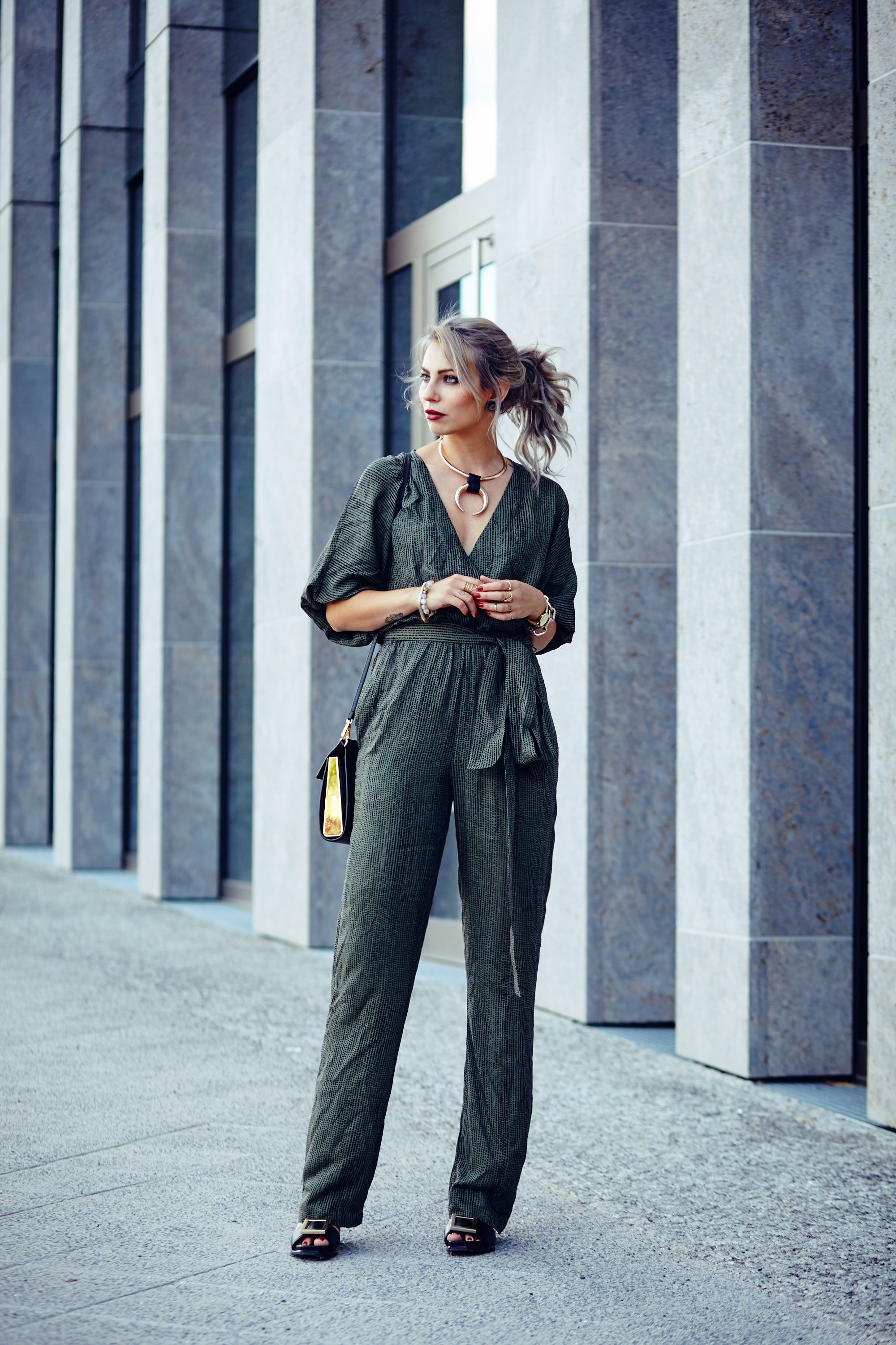 4f41f3ba1879 How to Pick the Perfect Jumpsuit for Your Style in 2019