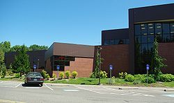 Chemeketa Community College Is A Community College Located In Salem Oregon With Smaller Campuses In Mcminnville Dal Community College Oregon College College