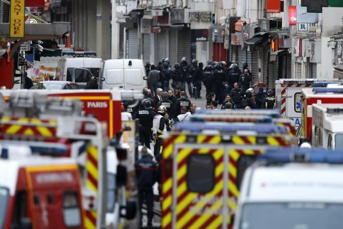 """SI cerca la """"mente"""" degli attentati di Parigi, Abdelhamid Abaaoud  (ANSA)"""