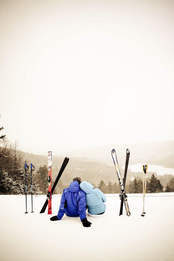 Resultado de imagen de couple skiing tumblr